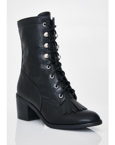 Grunge Matter Lace-Up Boots