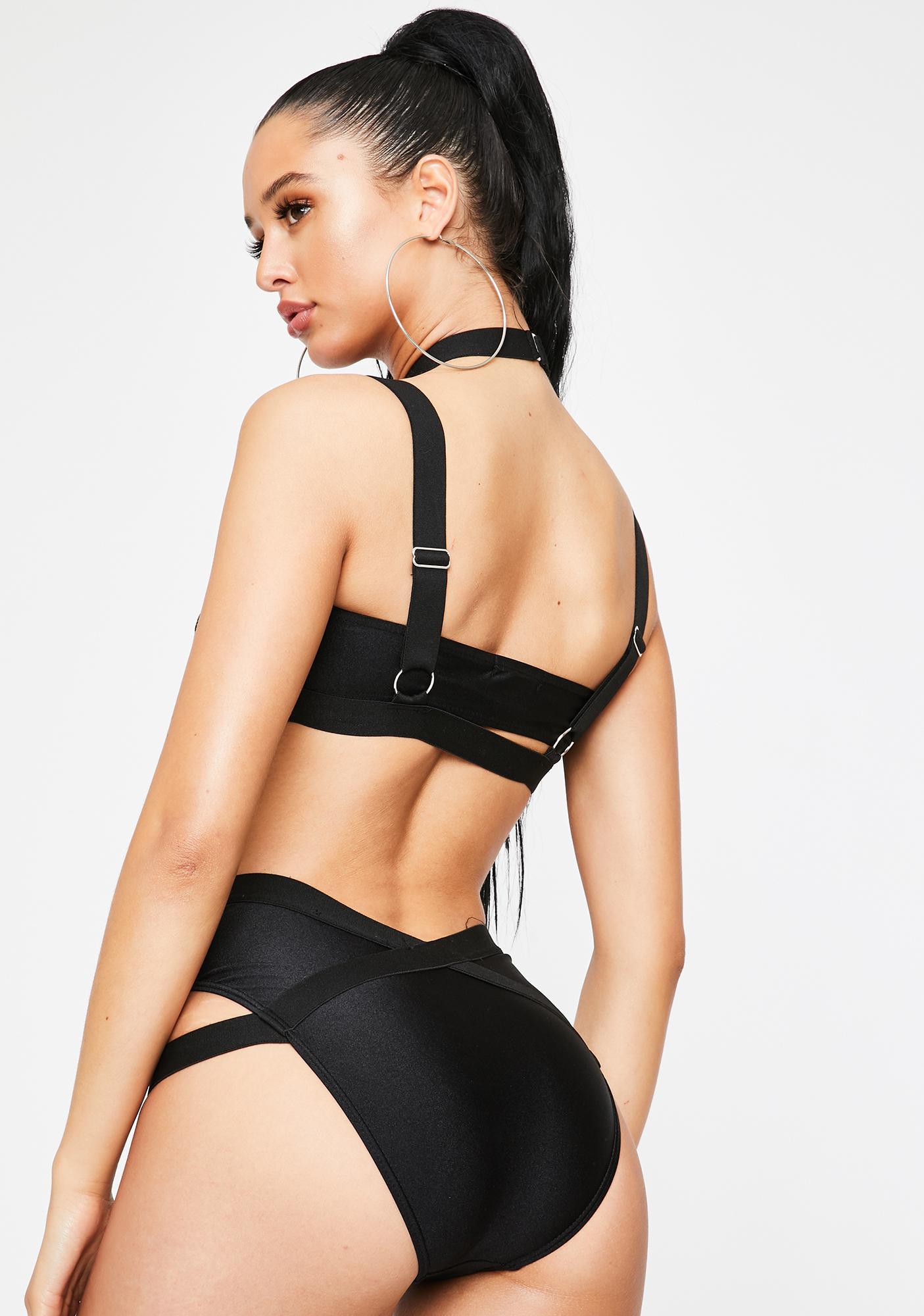 Poster Grl Touch My Body Bikini Set