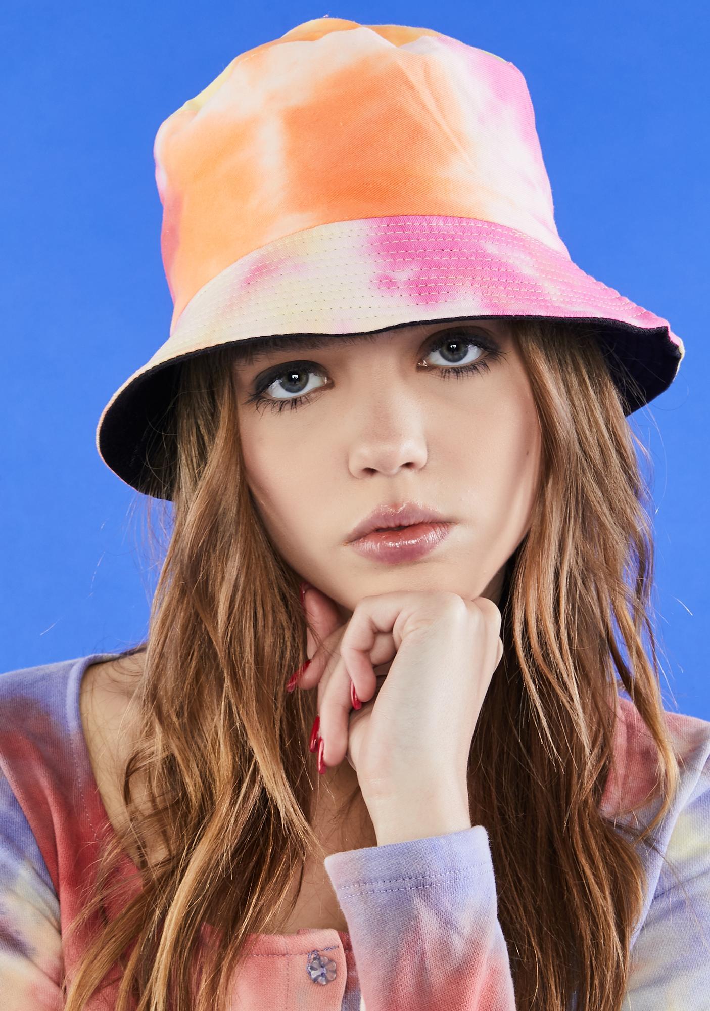 Daydreamin' Of U Bucket Hat