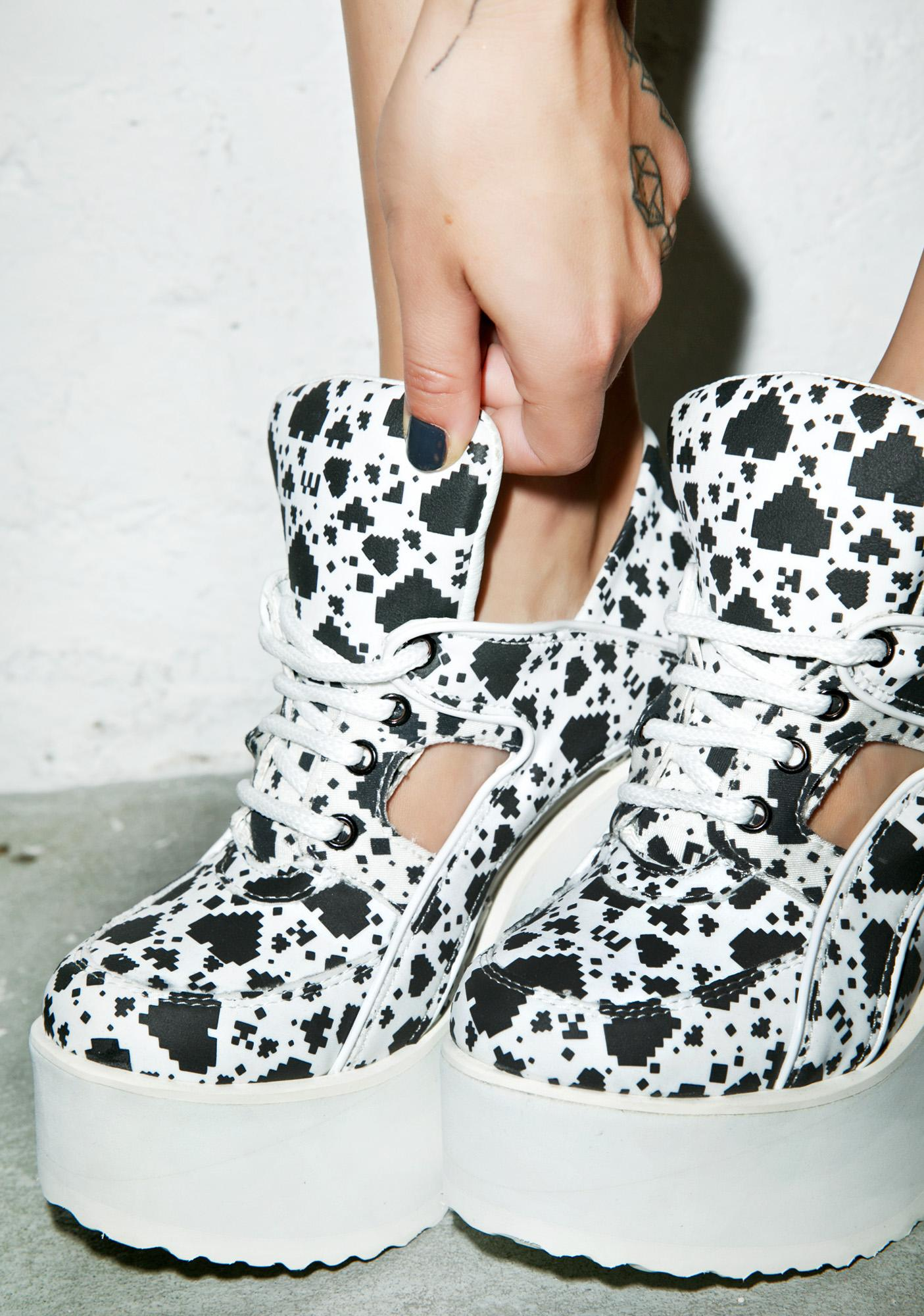 Maria ke Fisherman X Buffalo Digital Love Cut-Out Platforms