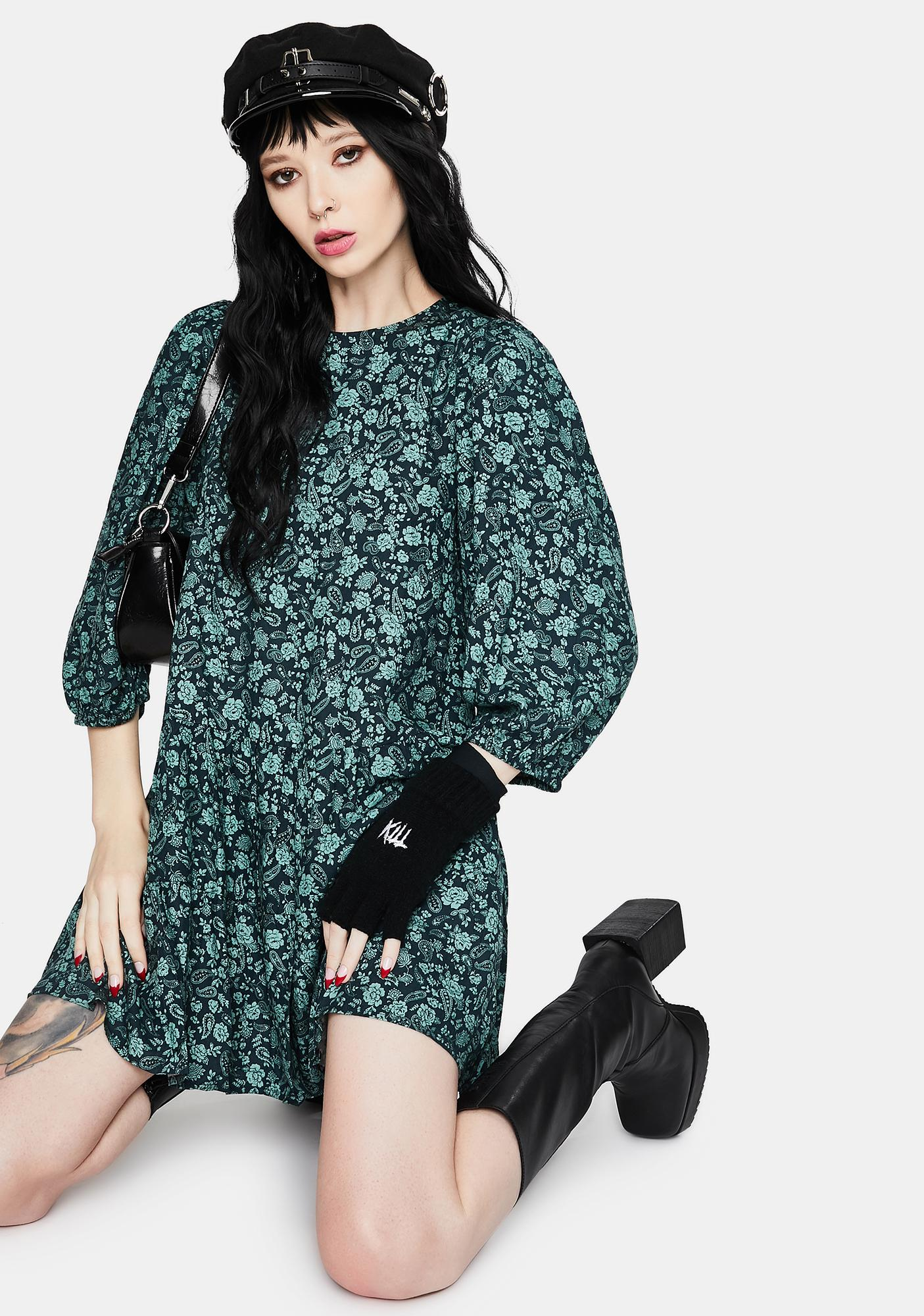 Motel Mareta Mono Paisley Sage Tea Dress