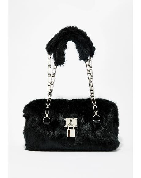 On Lock Fuzzy Handbag