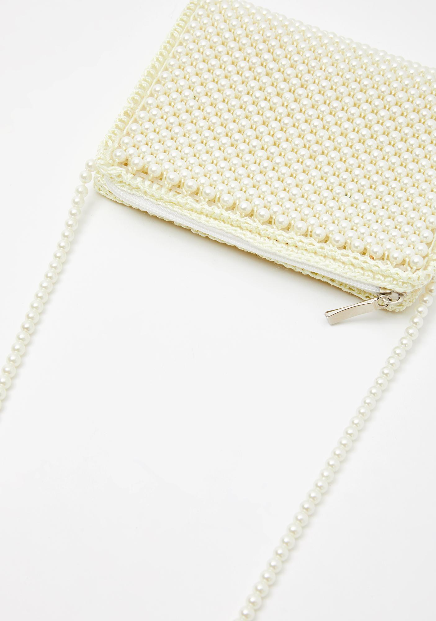 Frosty Pearl On Point Beaded Purse