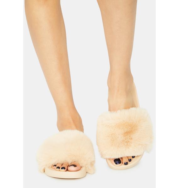 Caramel Keep Me Cozy Fuzzy Slides