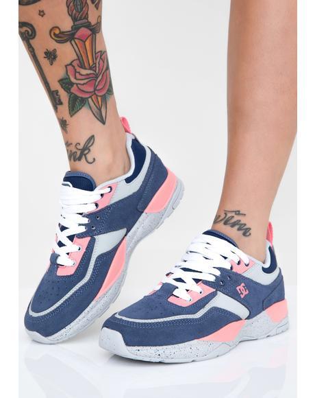 E. Tribeka SE J Sneakers