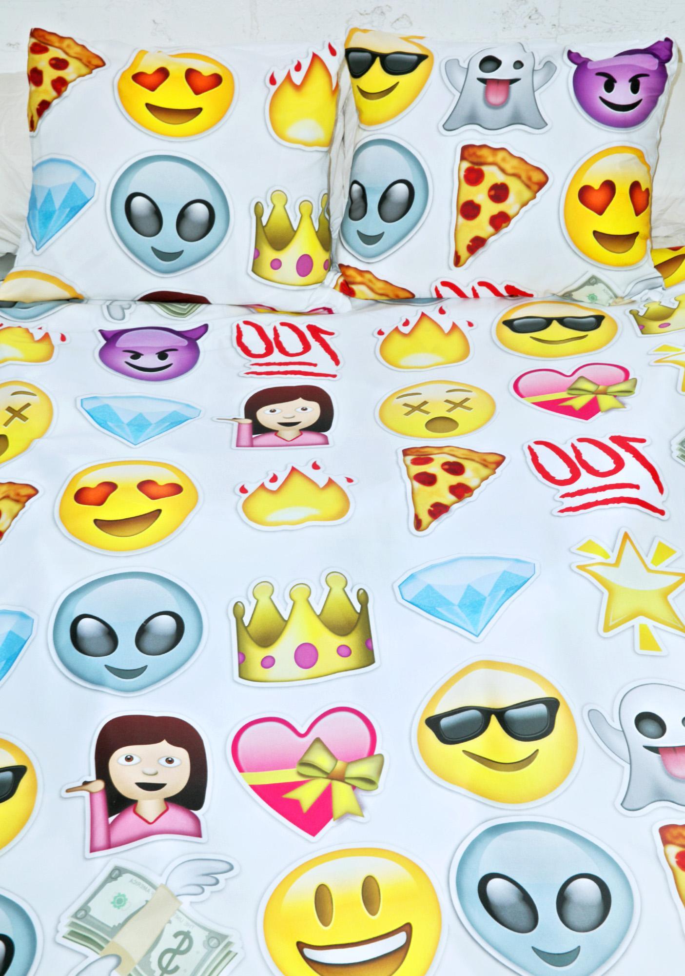 Sugarpills emoji bedding dolls kill for Emoji bedroom ideas