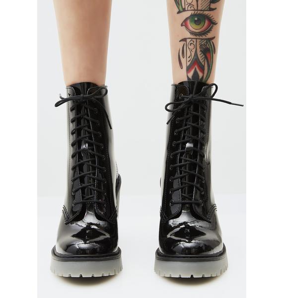 Dr. Martens Kendra Boots