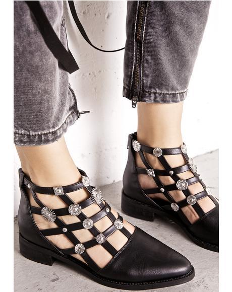 Rainn Cutout Boots