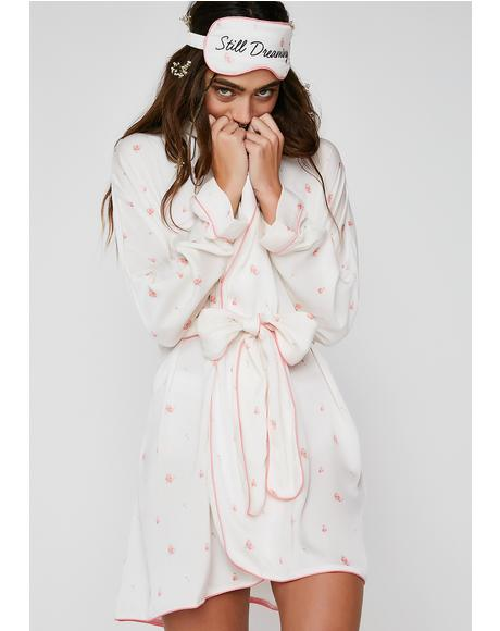 Rosebud Wallpaper Robe
