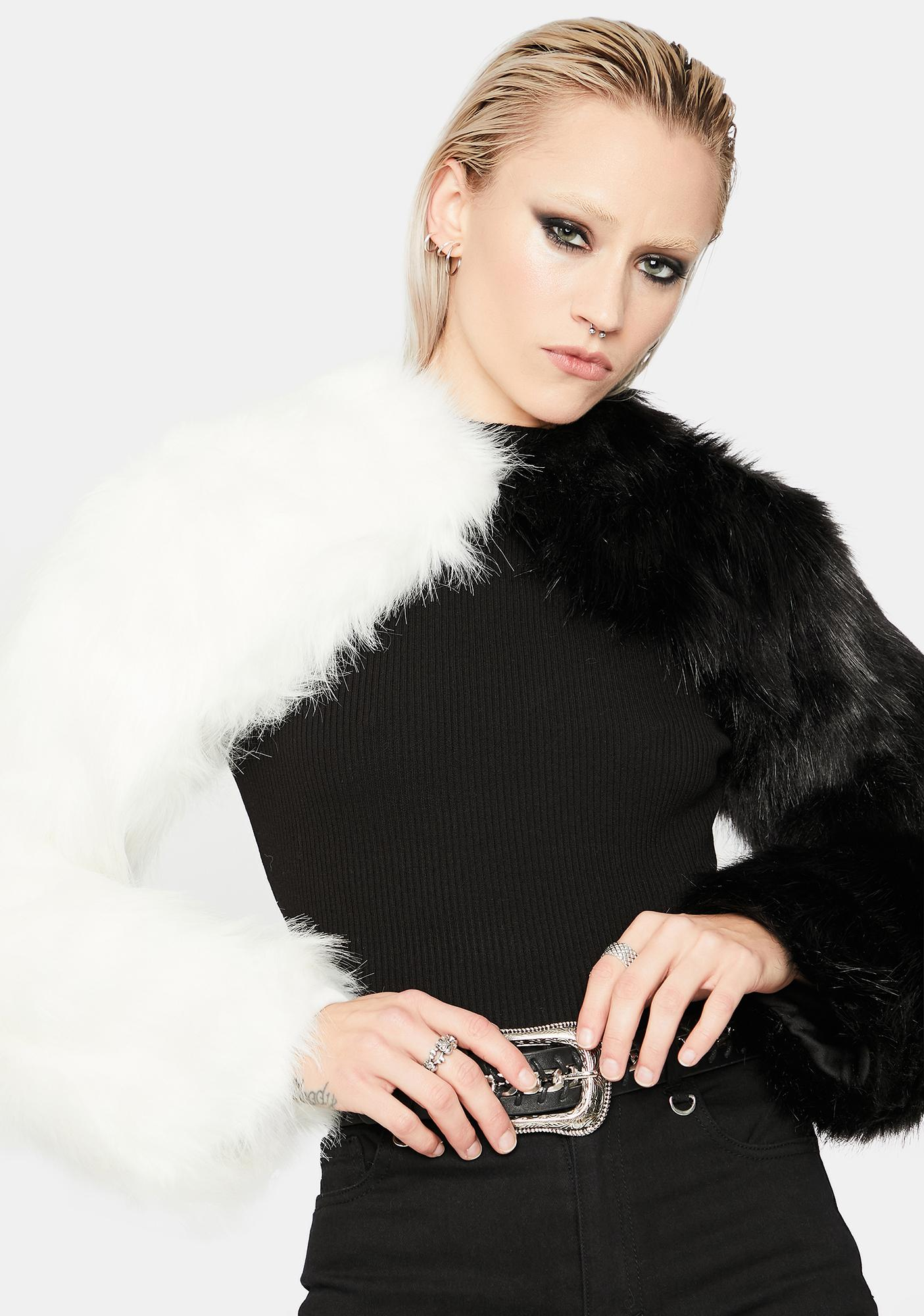 Switch Up Two-Tone Faux Fur Shrug