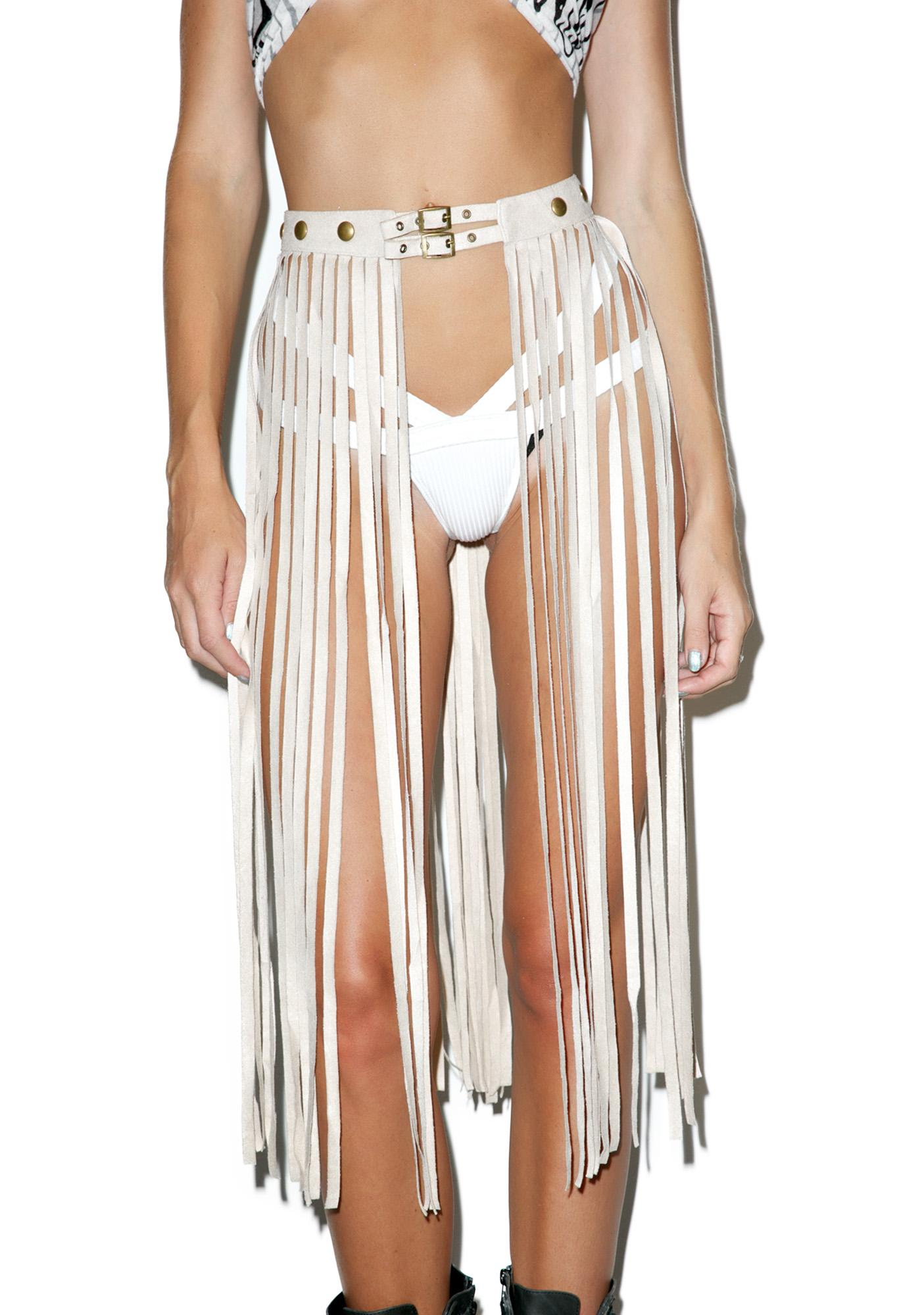 Creme Queening Fringe Belt