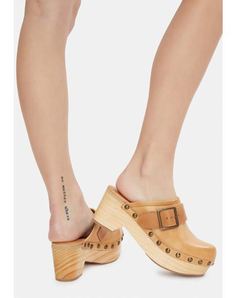 Culver City Leather Clogs