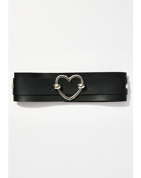 Love Addict Heart Choker