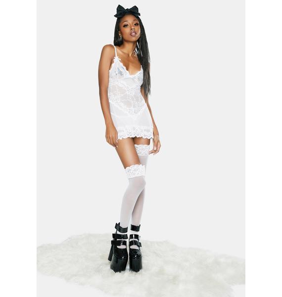 Oh la la Cheri White Valentine Soft Cup Babydoll Chemise And Thong Set