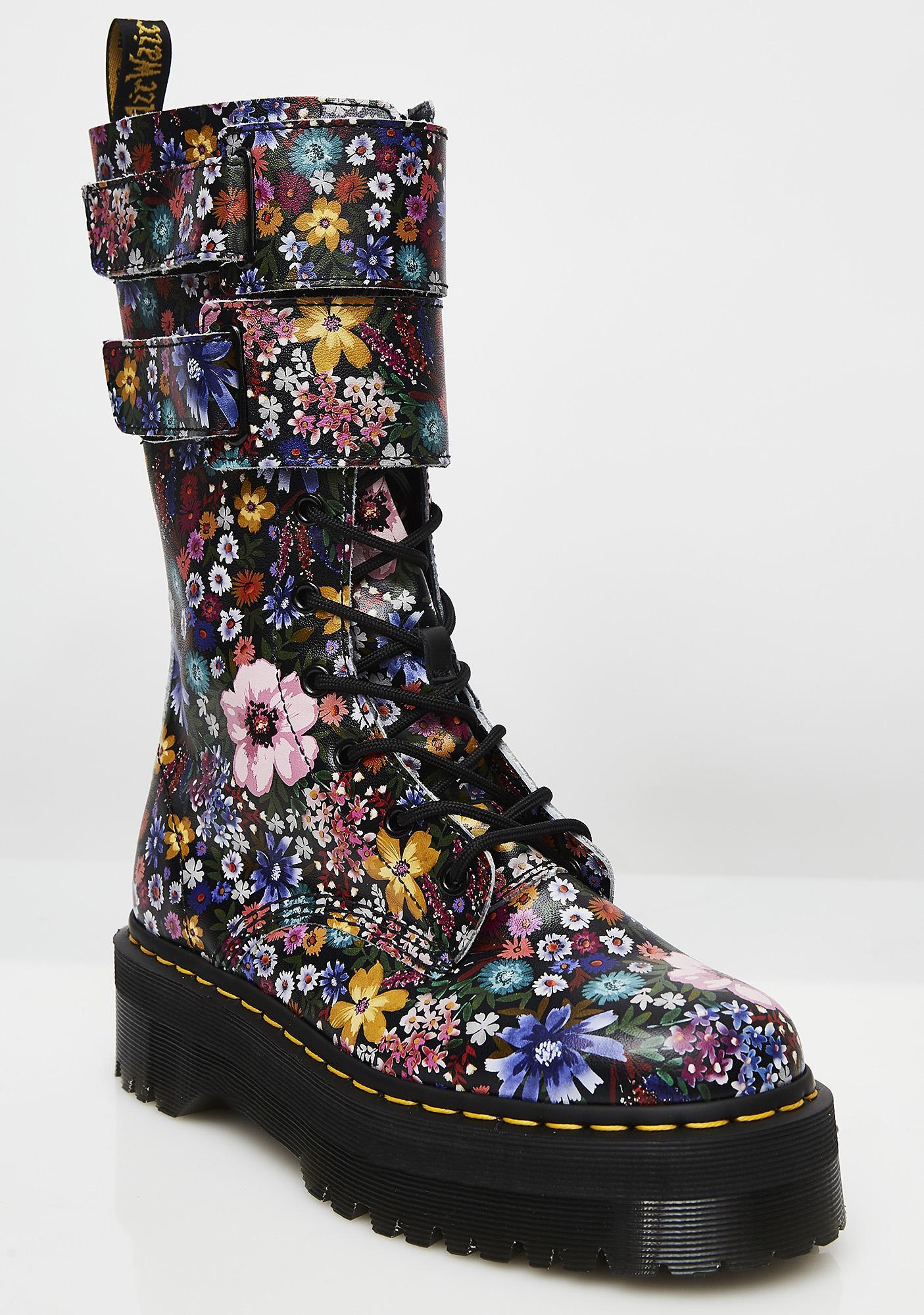 Dr. Martens Wanderlust Jagger Boots