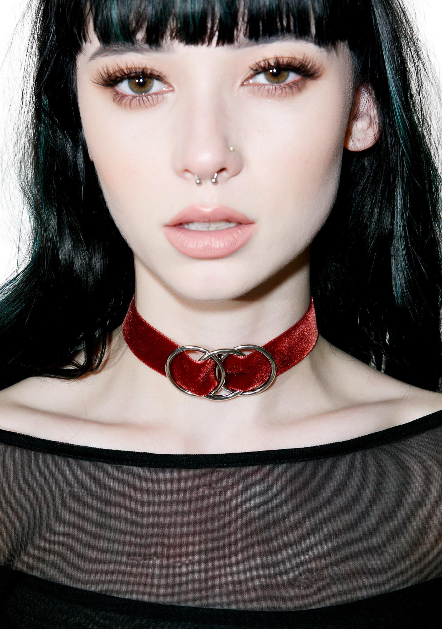Regal Rose Xena Velvet Choker