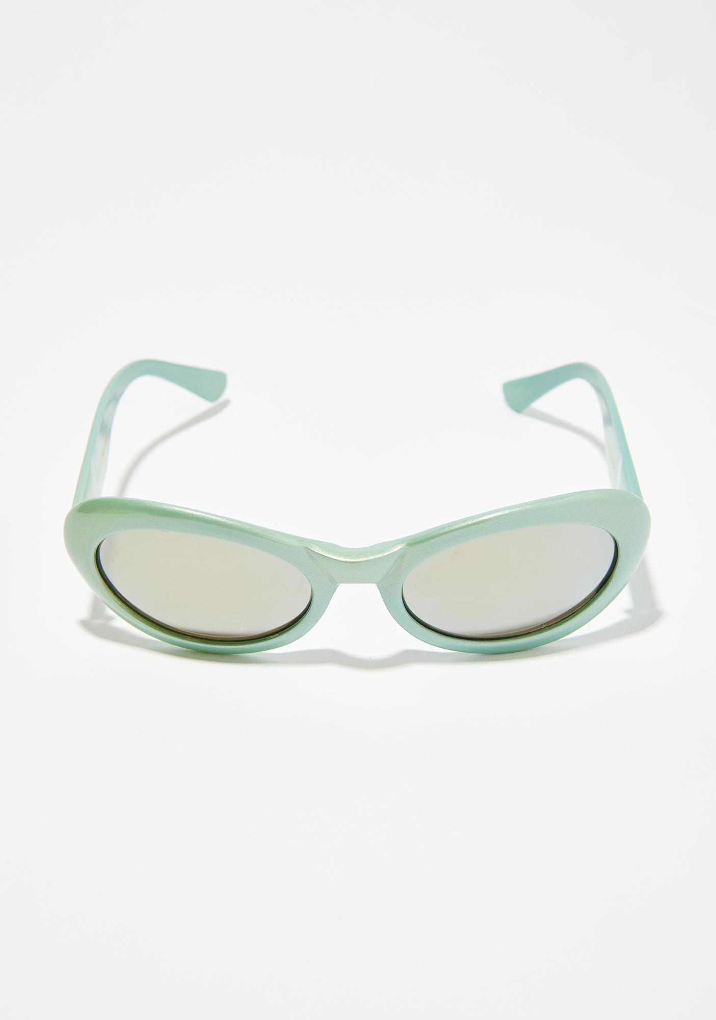Chilling Winds Oval Sunglasses