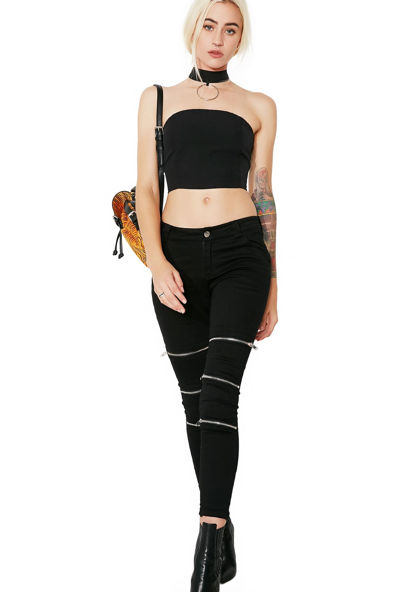 Model Behavior O-Ring Choker Top