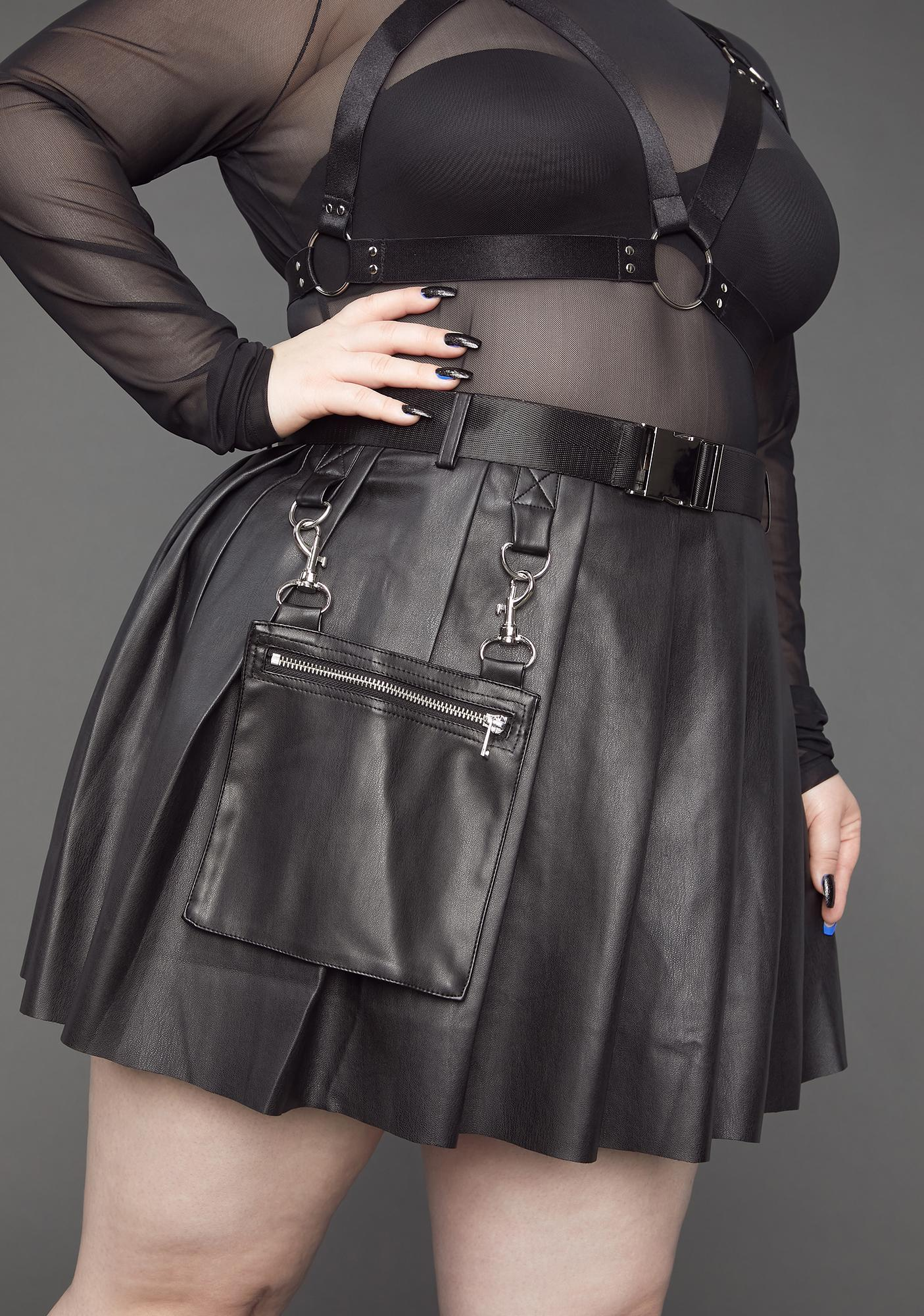 Poster Grl Always Ready For Action Pleated Skirt