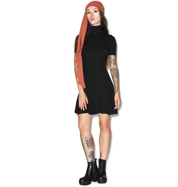 Good Necking Flare Dress