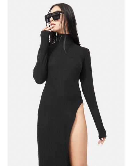 Noir Sly Life Turtleneck Mid Length Sweater