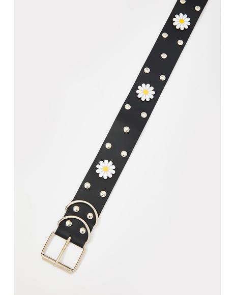 What's The Buzz Daisy Grommet Belt