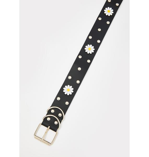 What's The Buzz Daisy Grommet Belt