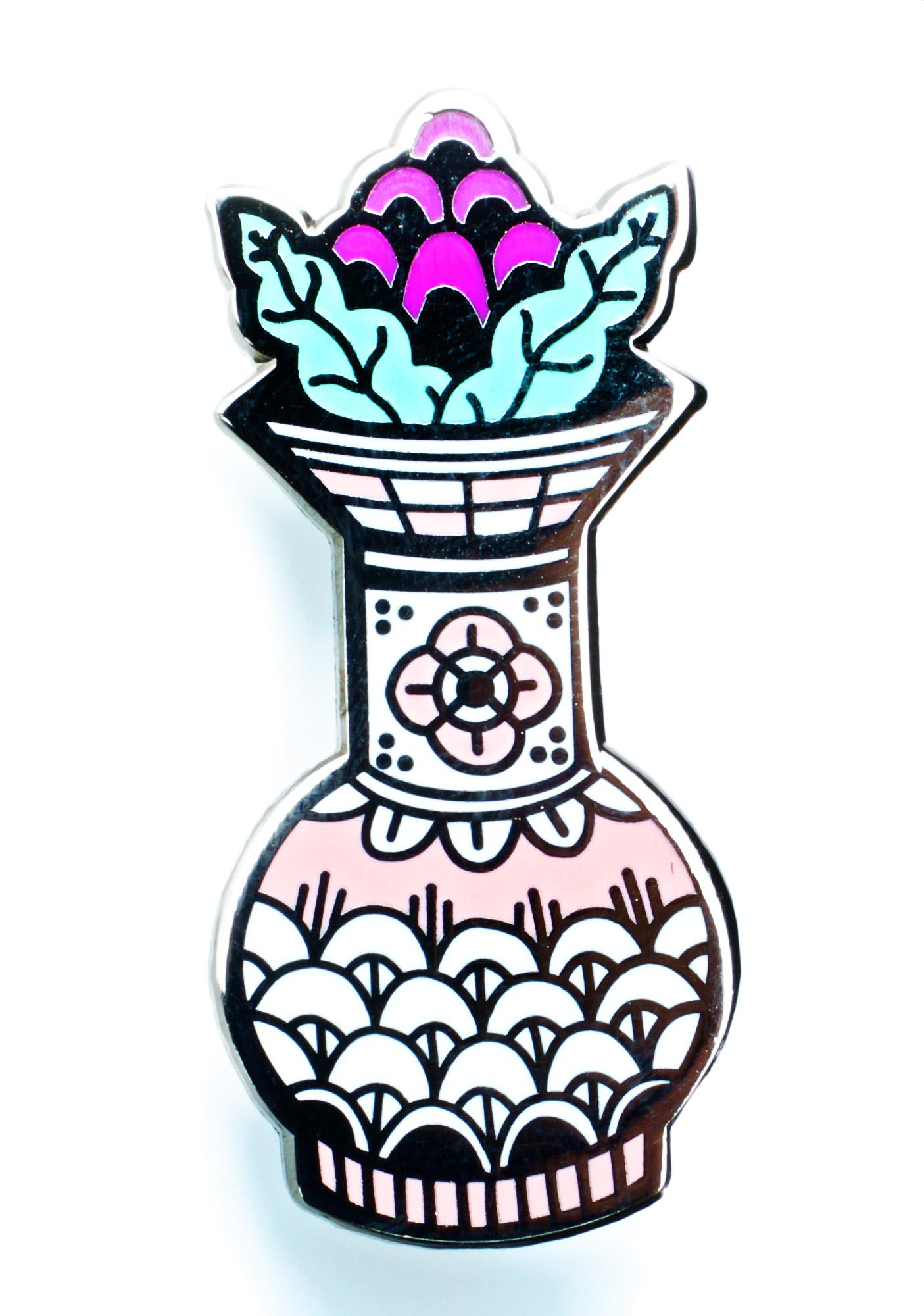 Valley Cruise Press Fancy Vase Pin