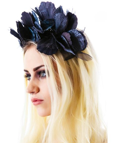 Lana Velvet Noir Crown