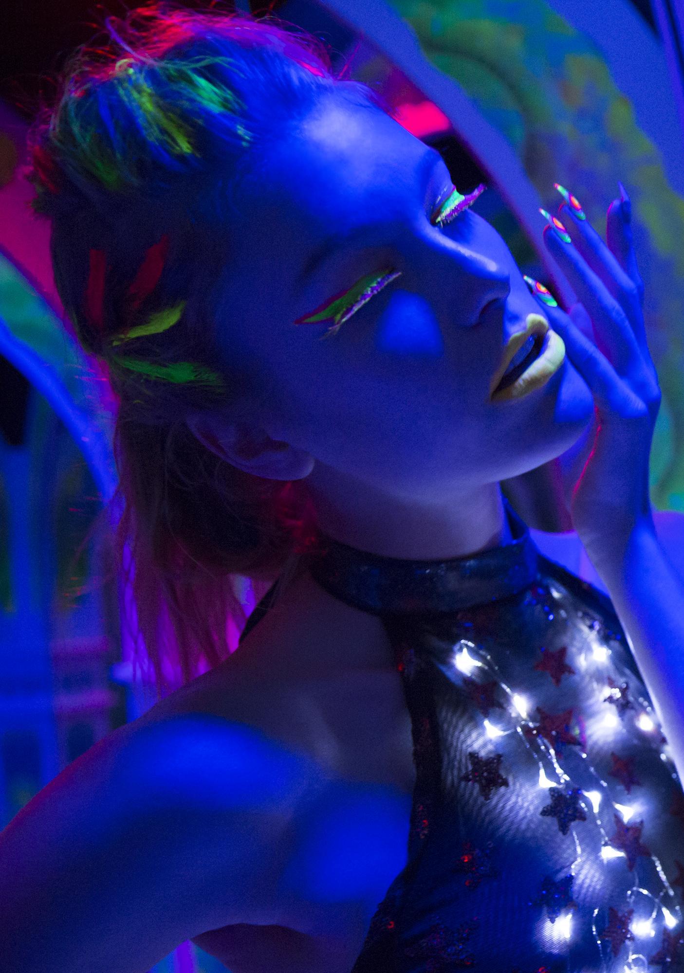 Stargazer Vibrant Sonic Wind UV Neon Mascara