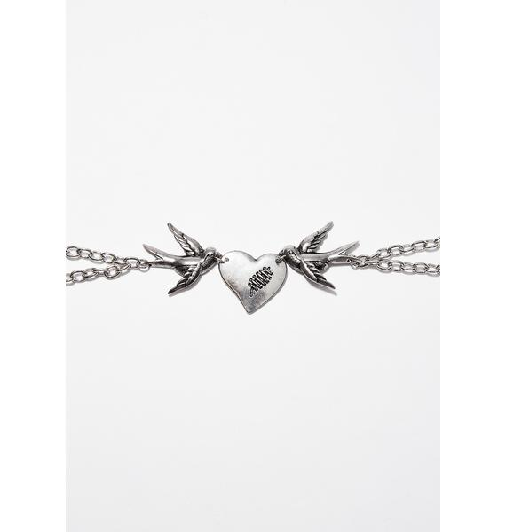 Swoop Down Chain Necklace