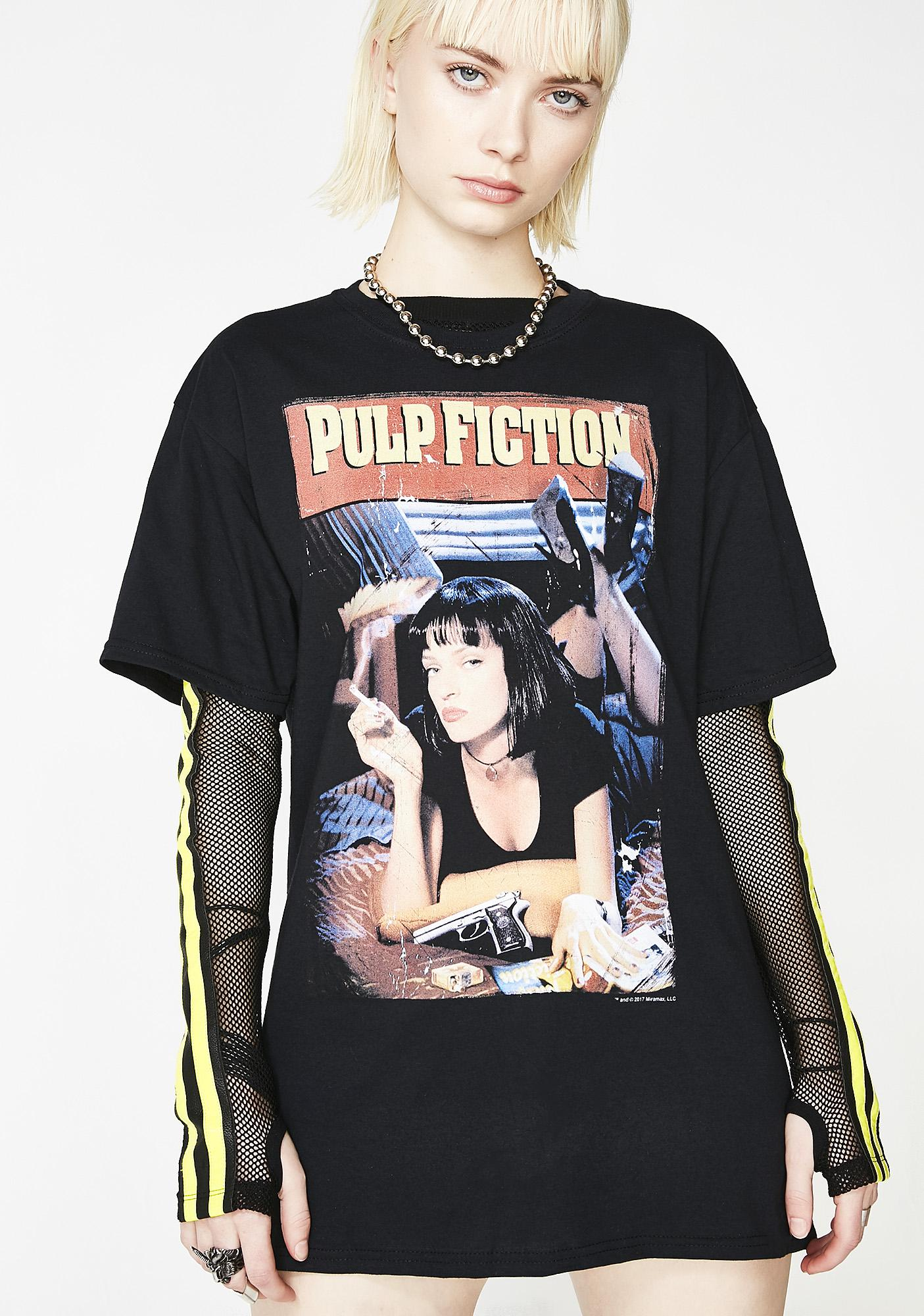 cb3eb407 Mia Graphic Tee | Dolls Kill