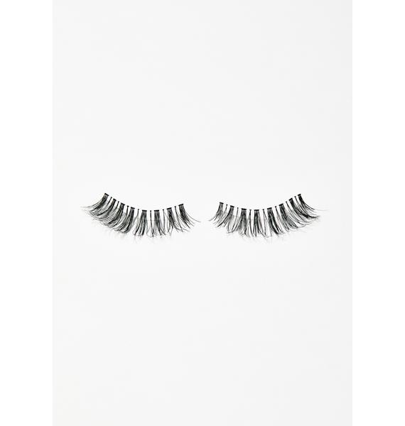 The Crème Shop Wispy Wink Hello Kitty Lashes