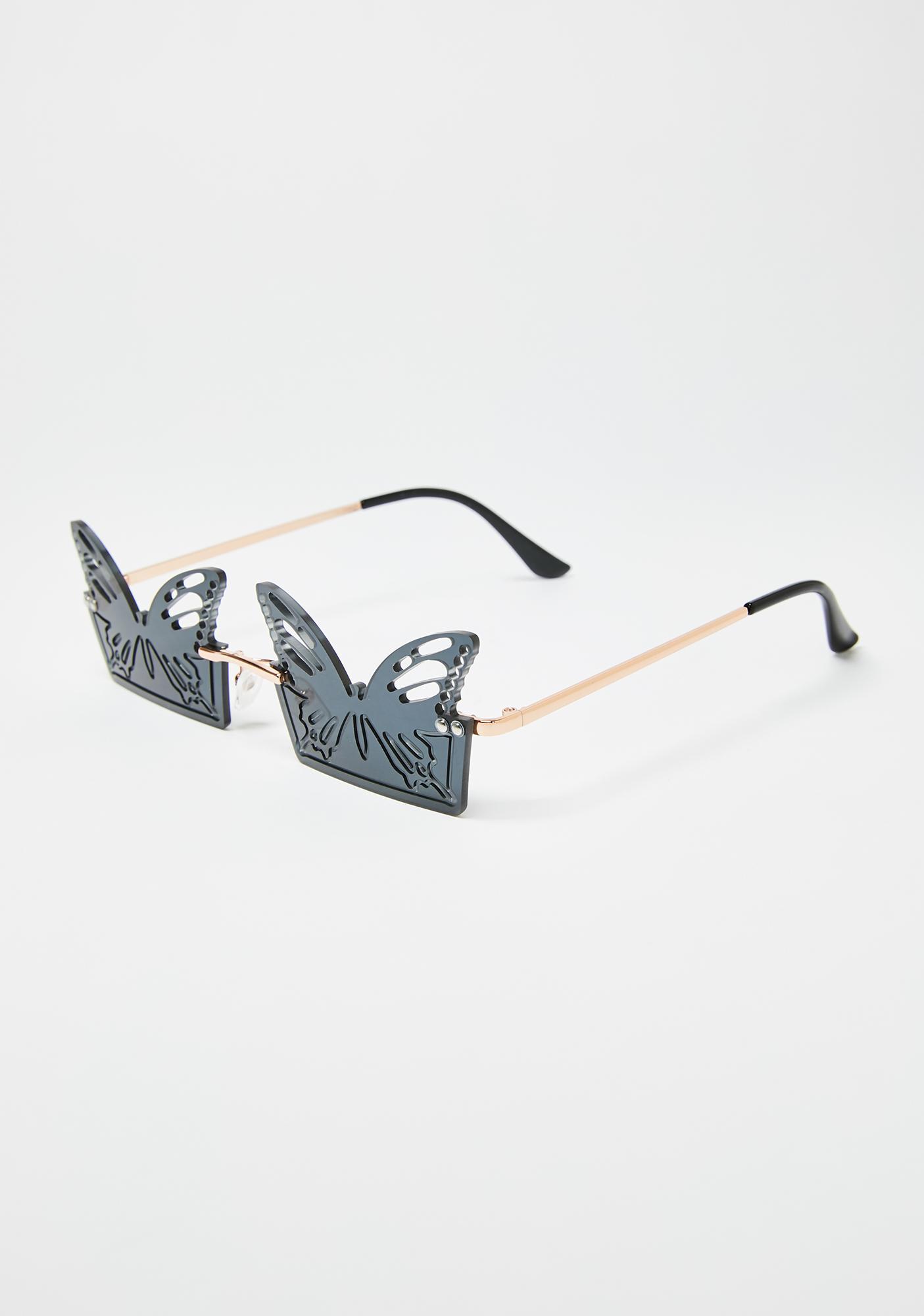 Noir Butterfly Chillin Sunglasses