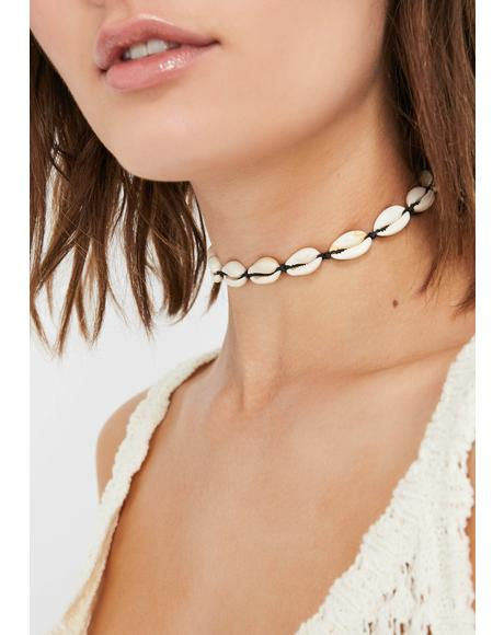 So Beachy Shell Choker