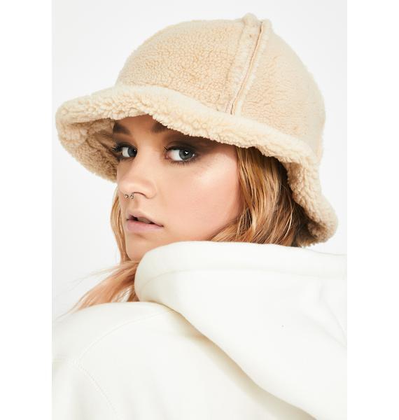 Cozy Furreal Sherpa Bucket Hat