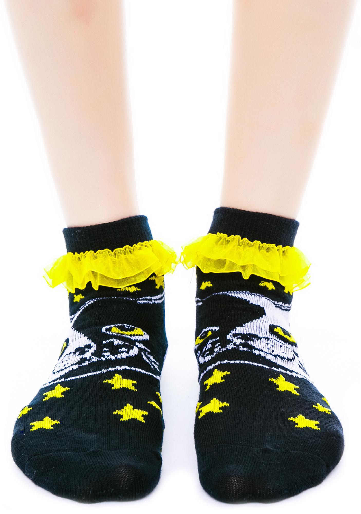 Too Fast Yin Yang Kitty Ruffle Ankle Socks