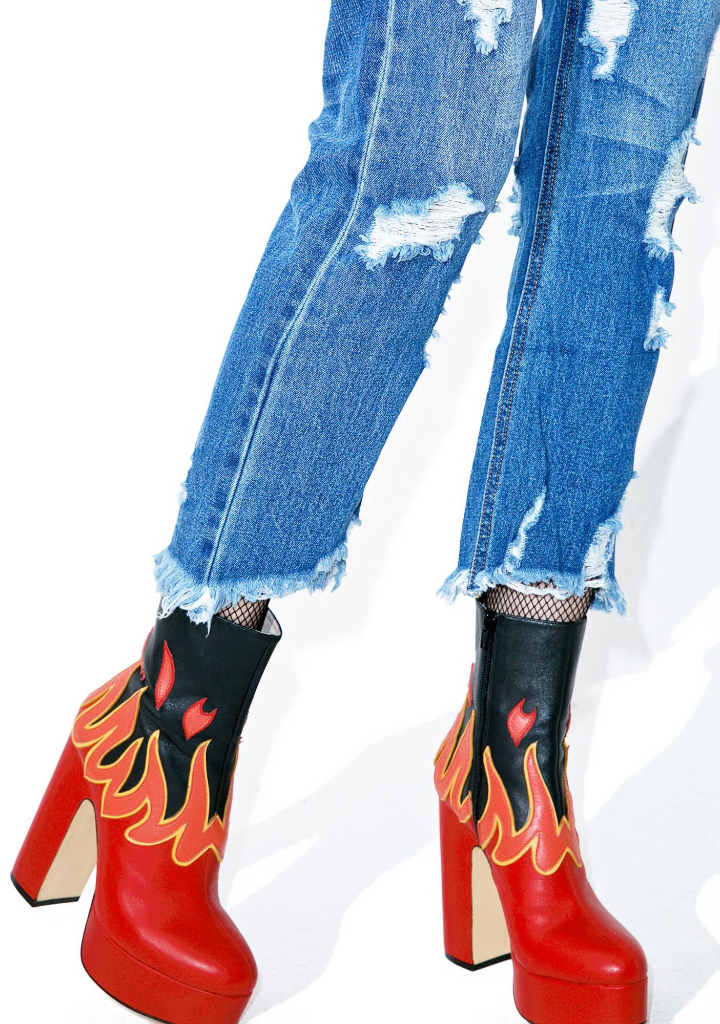 Clementine Distressed Jeans