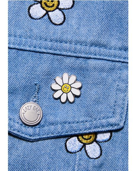 Daisy Pin Badge