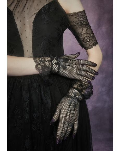 Midnight Forgotten Shadow Lace Gloves