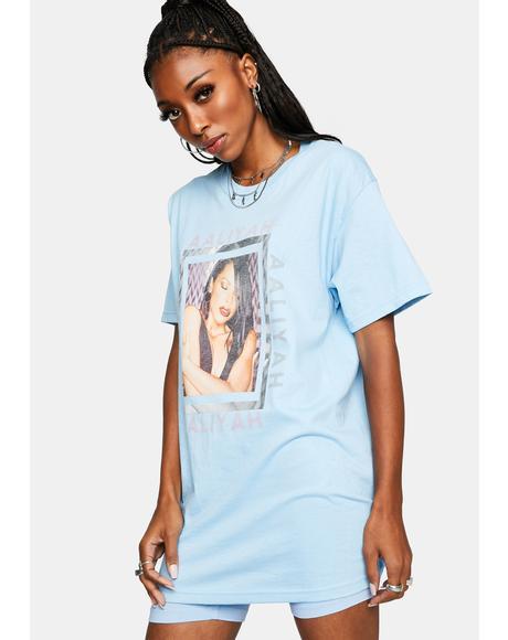 Aaliyah Hug T-Shirt