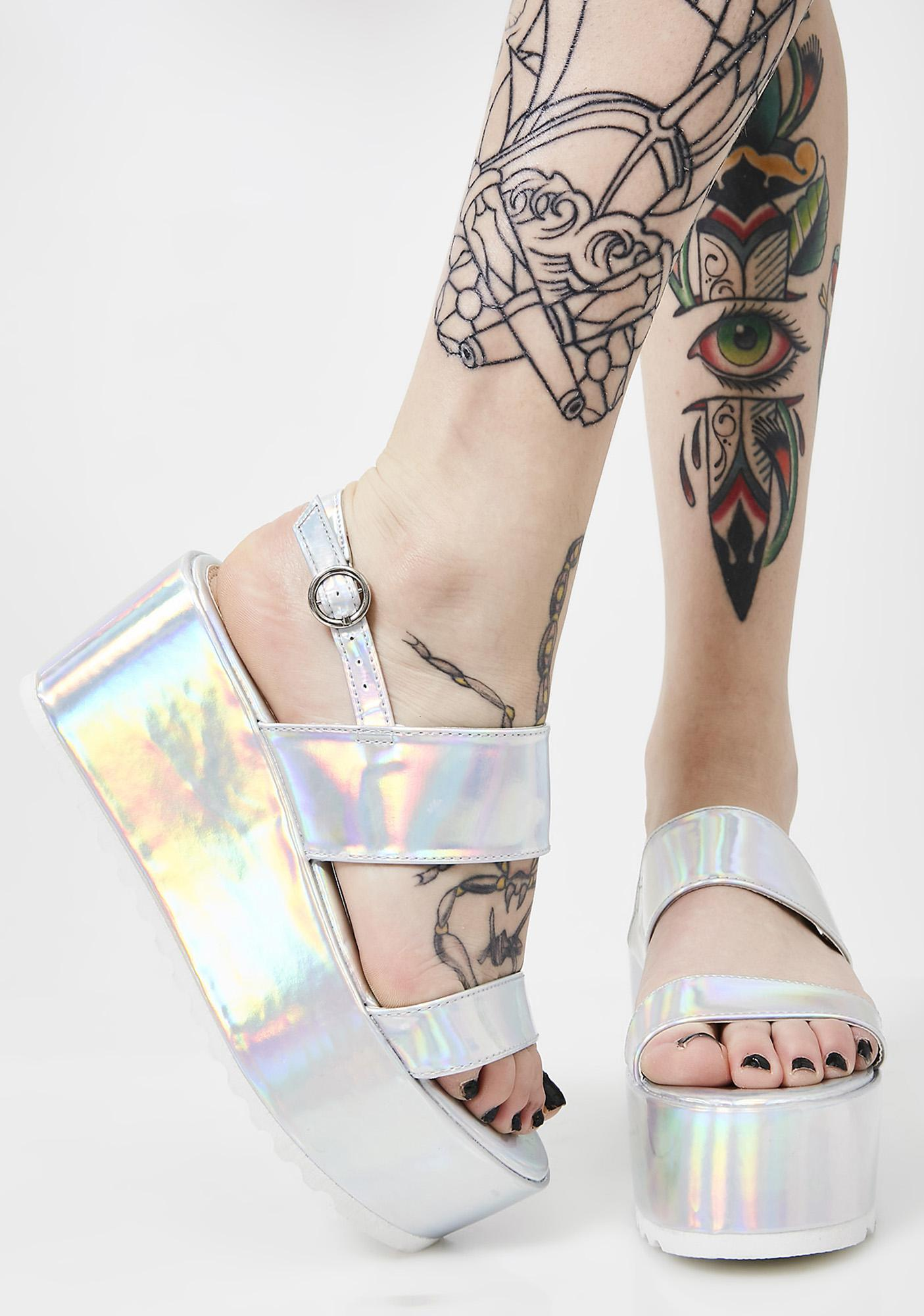 Cosmic Bae Of Light Hologram Platforms