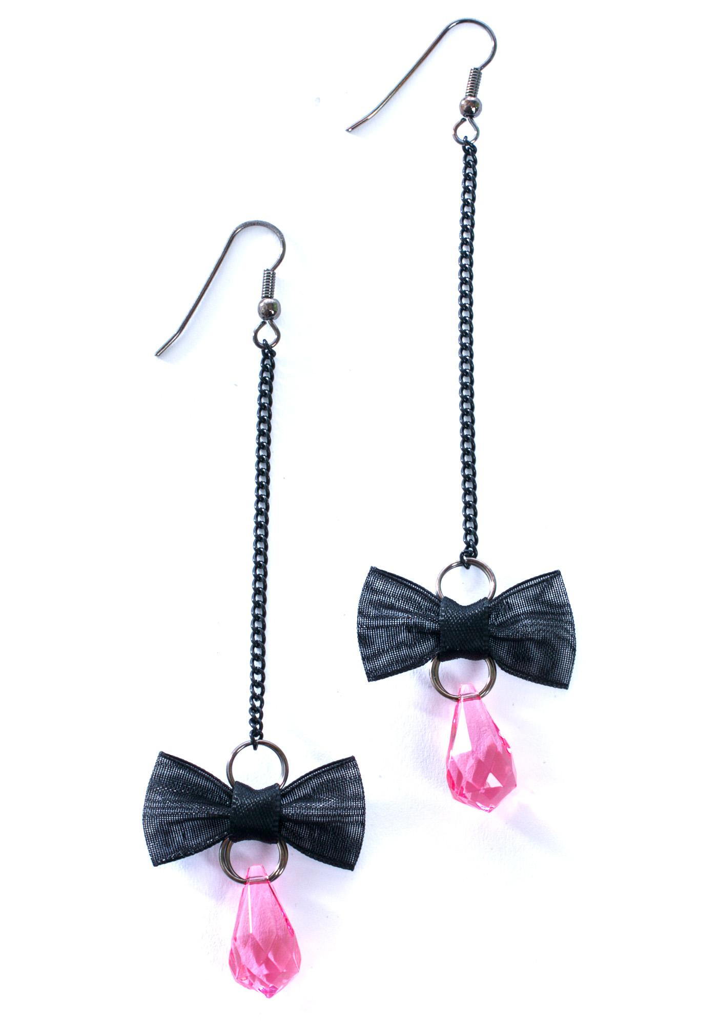 Take A Bow Earrings