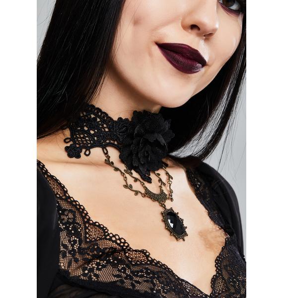 Dark In Love Gothic Rose Choker