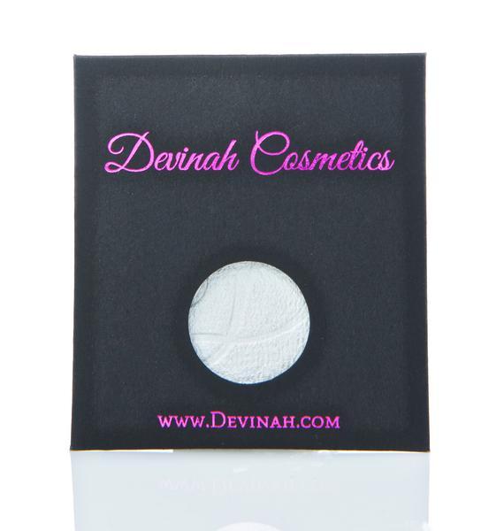 Devinah Cosmetics Nixie Highlighter