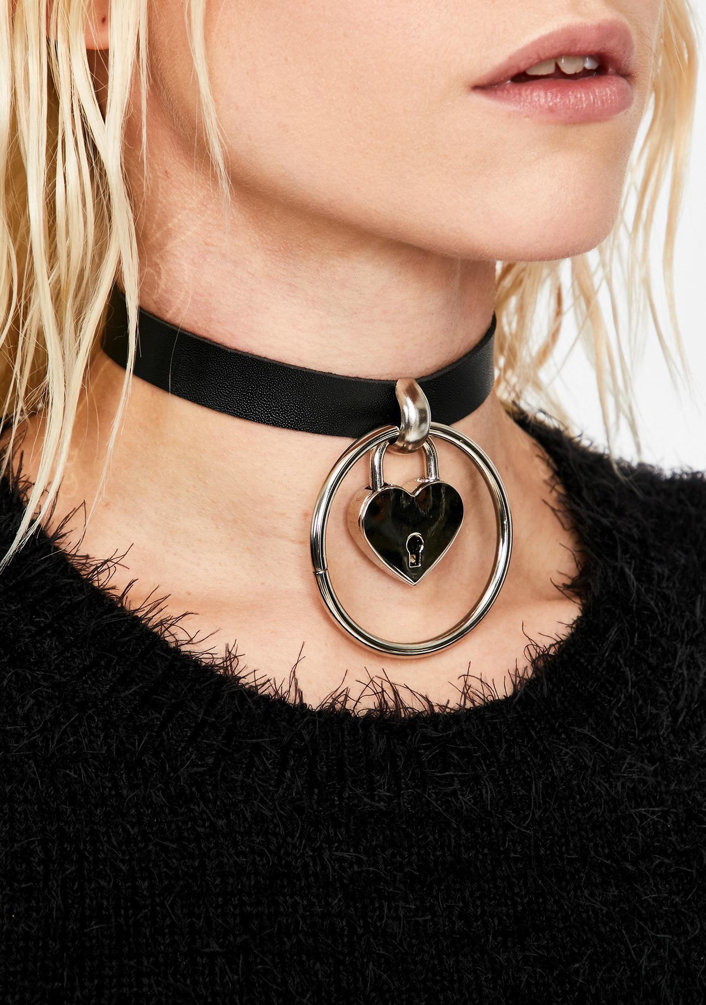 Circle Of Love And Lust Choker