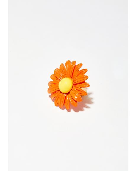 Peachy Dainty Daisy Ring