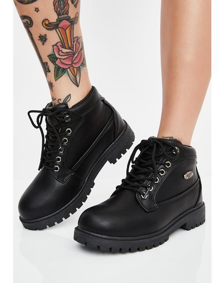 Mantle Mid Chukka Boots