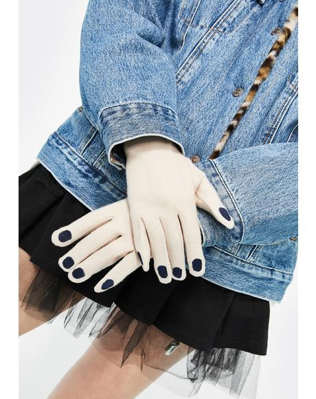 Iced Nails Before Males Knit Gloves