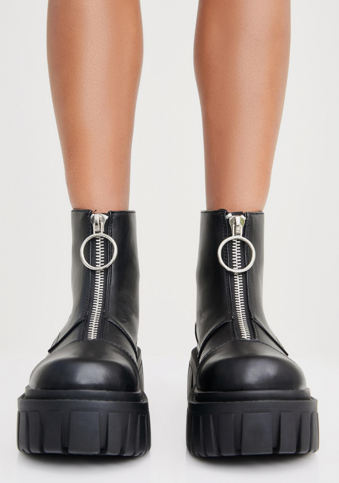 Current Mood Stompin' The Yard Zip Boot